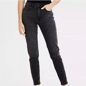 American Eagle Black Mom Jeans size us2